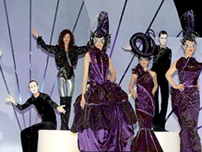 Авторське шоу «Королева ночі» від Аліси Філімонової зав. кафедрою дизайну КАПМ (2010)